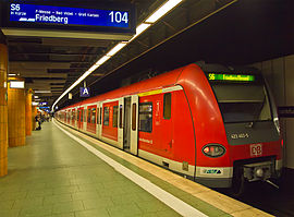 Frankfurt Hauptbahnhof deep S-Bahn S6.jpg
