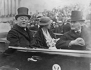 First inauguration of Franklin D. Roosevelt - Roosevelt next to wife and Joseph Robinson