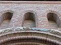 Frise et arcature (église de Lisle-sur-Tarn).jpg