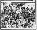 Fruit market at Zanzibar LCCN2001705555.jpg