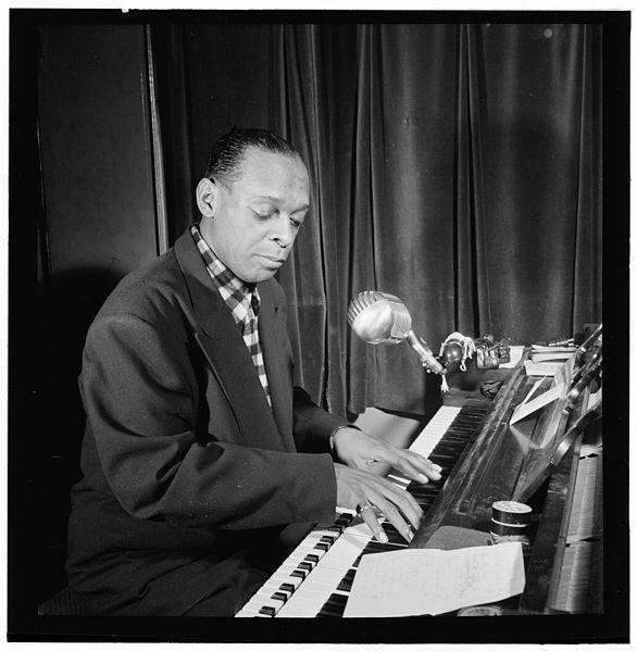 File:Garland Wilson, between 1938 and 1948 (William P. Gottlieb 09351).jpg