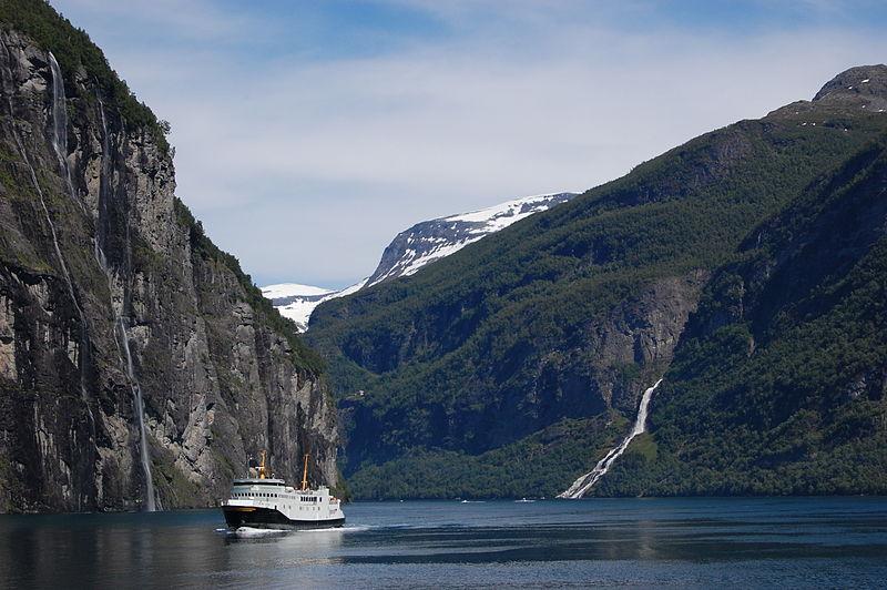 File:Geiranger Fjord.jpg