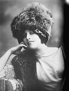 Geraldine Farrar 20th-century American soprano opera singer and film actress