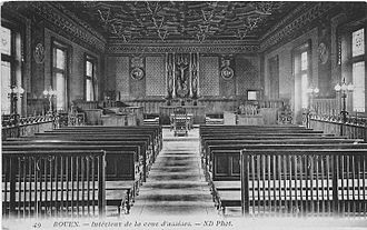 French law on secularity and conspicuous religious symbols in schools - A cross in a French law court before 1905
