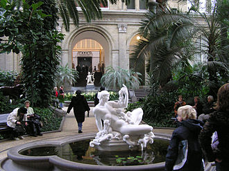 Ny Carlsberg Glyptotek - Ny Carlsberg Glyptotek, Palm gardens. In the front, Kai Nielsen's sculpture Water Mother