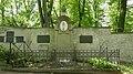 Grabstätten auf dem Historischen und Neuen Friedhof Weimar 05.jpg