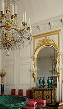 Grand Trianon Salon des Malachites 003.JPG