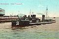 Großes Torpedoboot in Wilhelmshaven ca. 1914. Kolorierte Postkarte.jpg