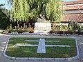 Guéthary (Pyr-Atl., Fr) Monument aux morts.JPG