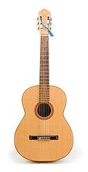 Sebuah gitar klasik (senar-nilon)