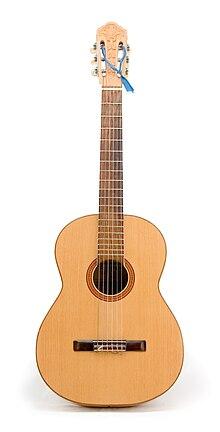 Гитара - инструмент нежный