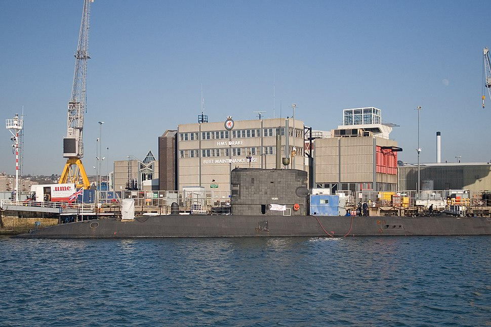 HMS Talent (S92) at Devonport 2008