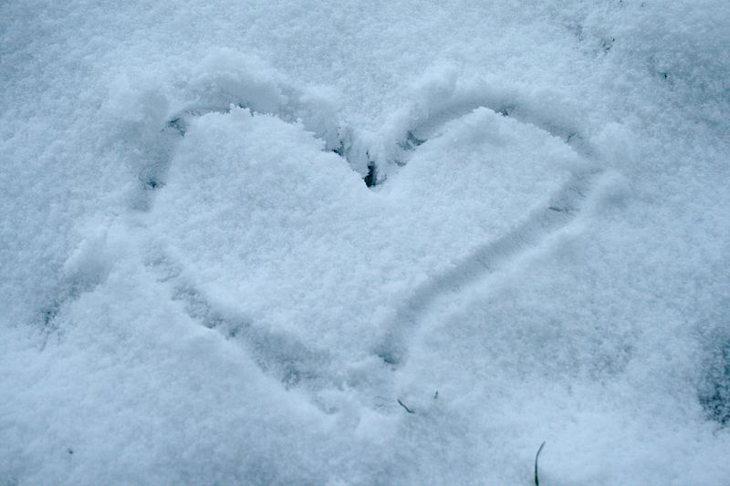 Heart of snow.JPG