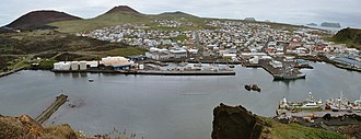 Heimaey - Heimaey harbour in June 2005, looking south