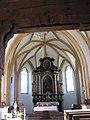 Henndorf Filialkirche Hl. Brigida Altarraum.JPG