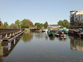La rivière lea à hertford basin