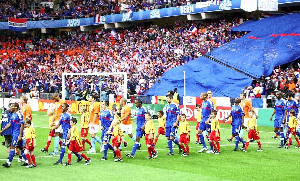 Holland - France Euro 2008 entrance into stadium