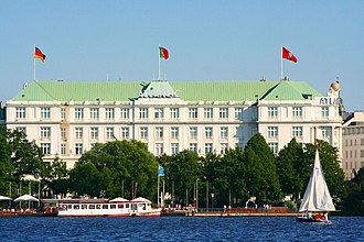Hotel Atlantic Kempinski - Hotel Atlantic as seen across the Außenalster