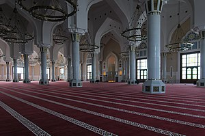 Islam in Qatar - A typical indoor prayer hall in a Qatari mosque.