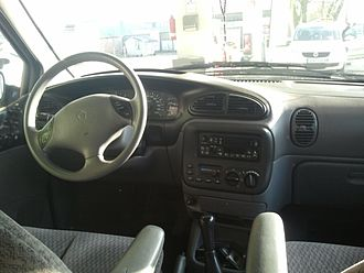 Chrysler minivans (NS) - Interior of a 2000 Export model Chrysler Voyager
