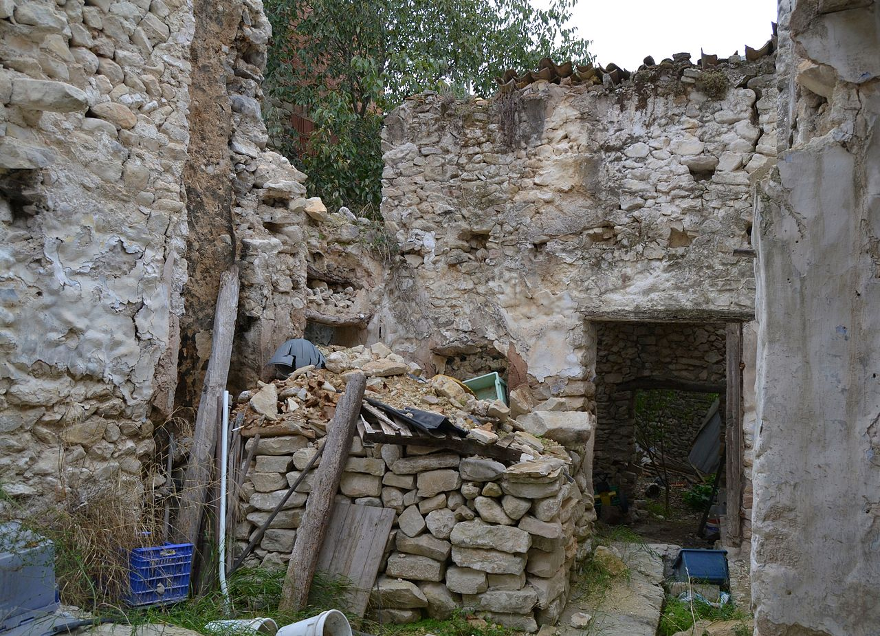 File interior d 39 una casa de llombai la vall de gallinera - Casas en llica de vall ...