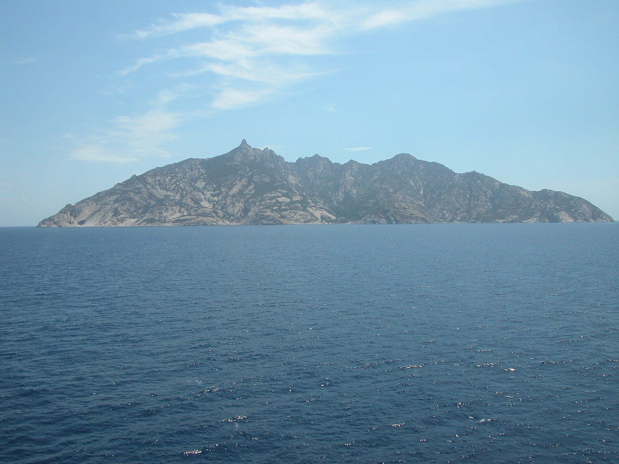 Isola di Montecristo - panoramio
