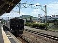 JR 817 V011 at Kushikino Station (2).jpg