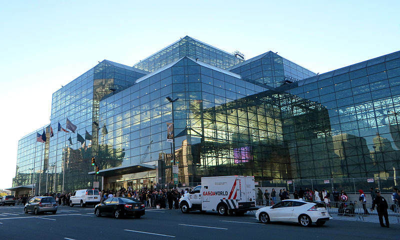 File:Javits Center (15341738570).jpg