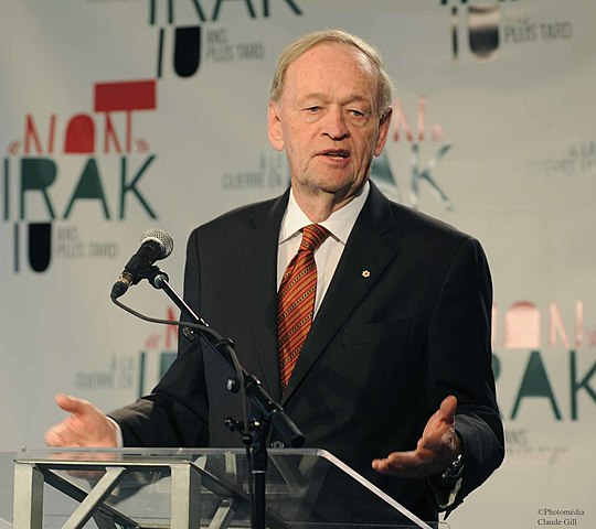Jean Chretien non irak By Gopmtl1 (Own work) [CC-BY-SA-3.0 (https://creativecommons.org/licenses/by-sa/3.0)], via Wikimedia Commons