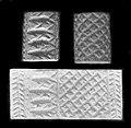 Jemdet Nasr style Mesopotamian cylinder seal from Grave 7304 Cemetery 7000 at Naqada.jpg