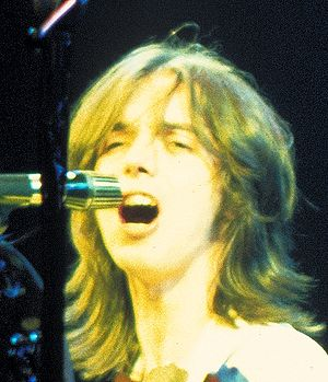 Jimmy McCulloch - McCulloch on stage with Wings in 1976