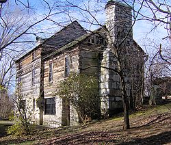John-crockett-tavern-tn1.jpg