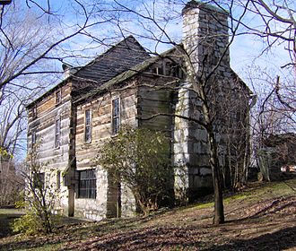 John Crockett (frontiersman) - The Crockett Tavern Museum building is a reproduction of John Crockett's tavern