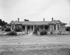 Cottonwood Ranch - Front of the ranch house