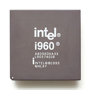 Intel i960 RISC-based microprocessor design