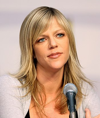English: Kaitlin Olson at the 2010 Comic Con i...