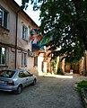 Kartamyshevskaya 34 Inside courtyard.jpg
