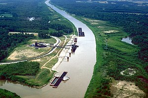Kaskaskia River - A coal loading facility on the Kaskaskia River near New Athens in St. Clair County, Illinois