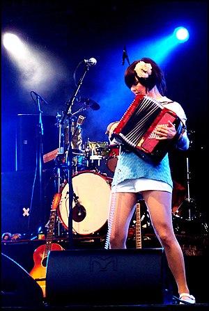 Katzenjammer (band) - Anne Marit Bergheim performing live in Norway, June 2009