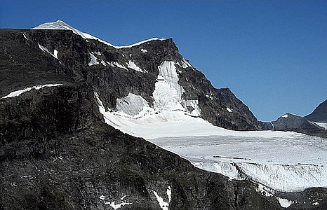 Kebnekaise view from Tuolpagorni.jpg