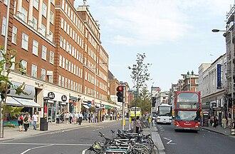 Kensington High Street - Middle of Kensington High Street
