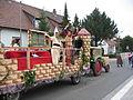 Kerwe in Alsenborn, Festwagen des TVA.jpg