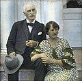 Knut Hamsun og hans kone Marie Hamsun, håndkolorert dias (cropped).jpg