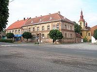 Kopidlno-2006-08-06-PohledZNamestKeKostelu.JPG
