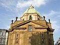 Kostel u Křižovníků, věž.jpg