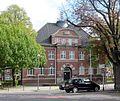 Krefeld-Traar, Rathaus, crop.jpg