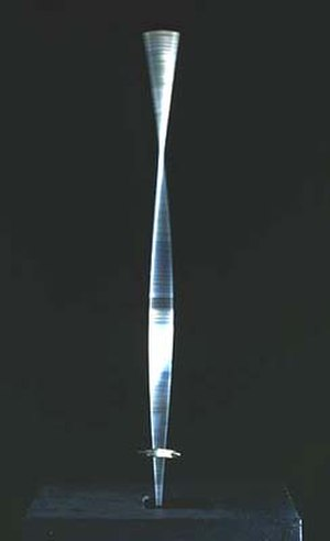 Kinetic art - Naum Gabo, Kinetic Construction, (also titled Standing Wave) made in 1919-1920
