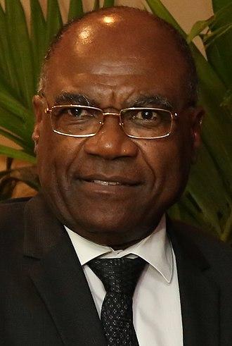 Léonard She Okitundu - Image: Léonard She Okitundu June 2017 (cropped)