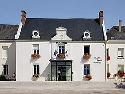 L2895 - Mairie - Montlouis-sur-Loire.jpg