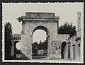 La porte de Montélimar entrée nord (34553745062).jpg